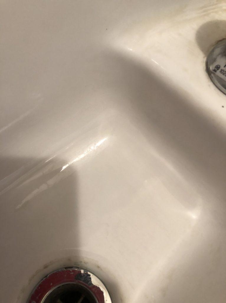 ダイソーのクレンザーで陶器の洗面台が綺麗に